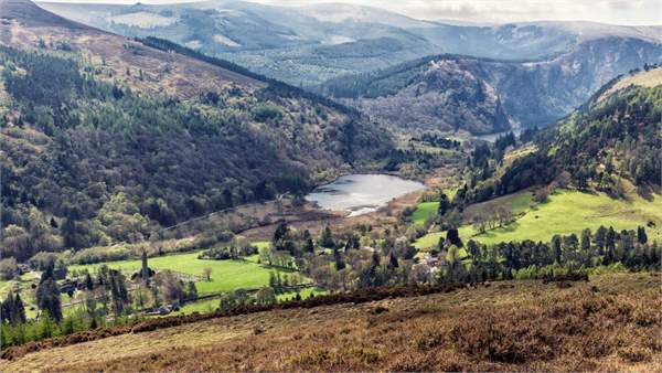 Travelling Ireland: where to visit, eat and stay Glendalough Valley