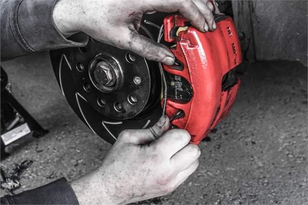 Project GTi: Brake Disc & Pad Upgrade