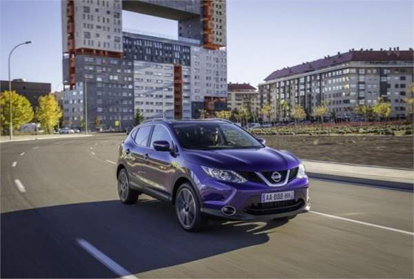 driving in spain nissan__qashqai__2014__072