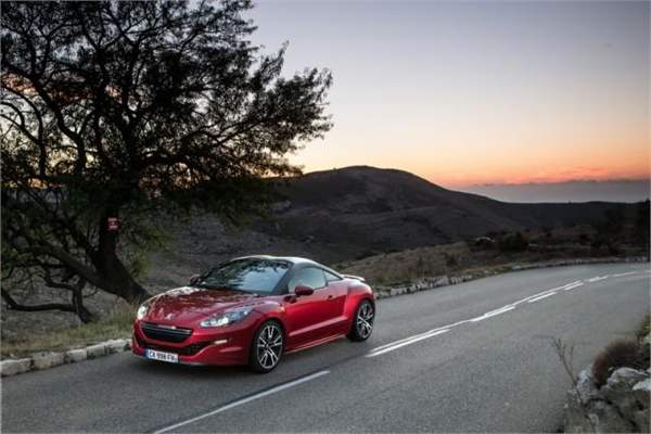 driving in france peugeot__rcz_r