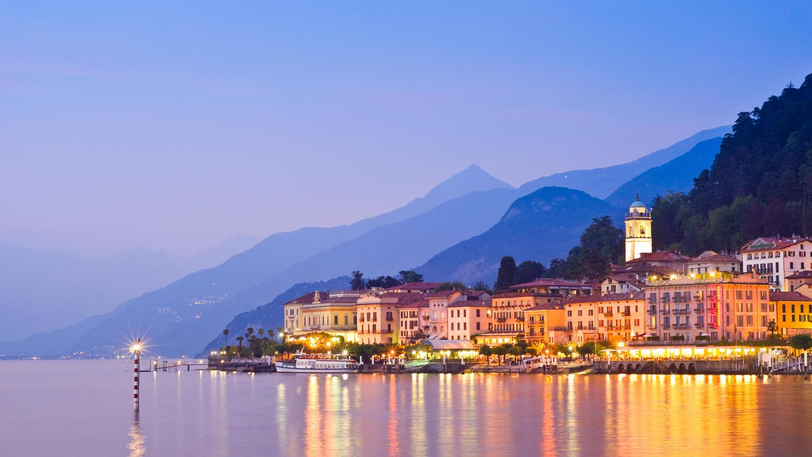 A Guide to Driving in Italy lake como