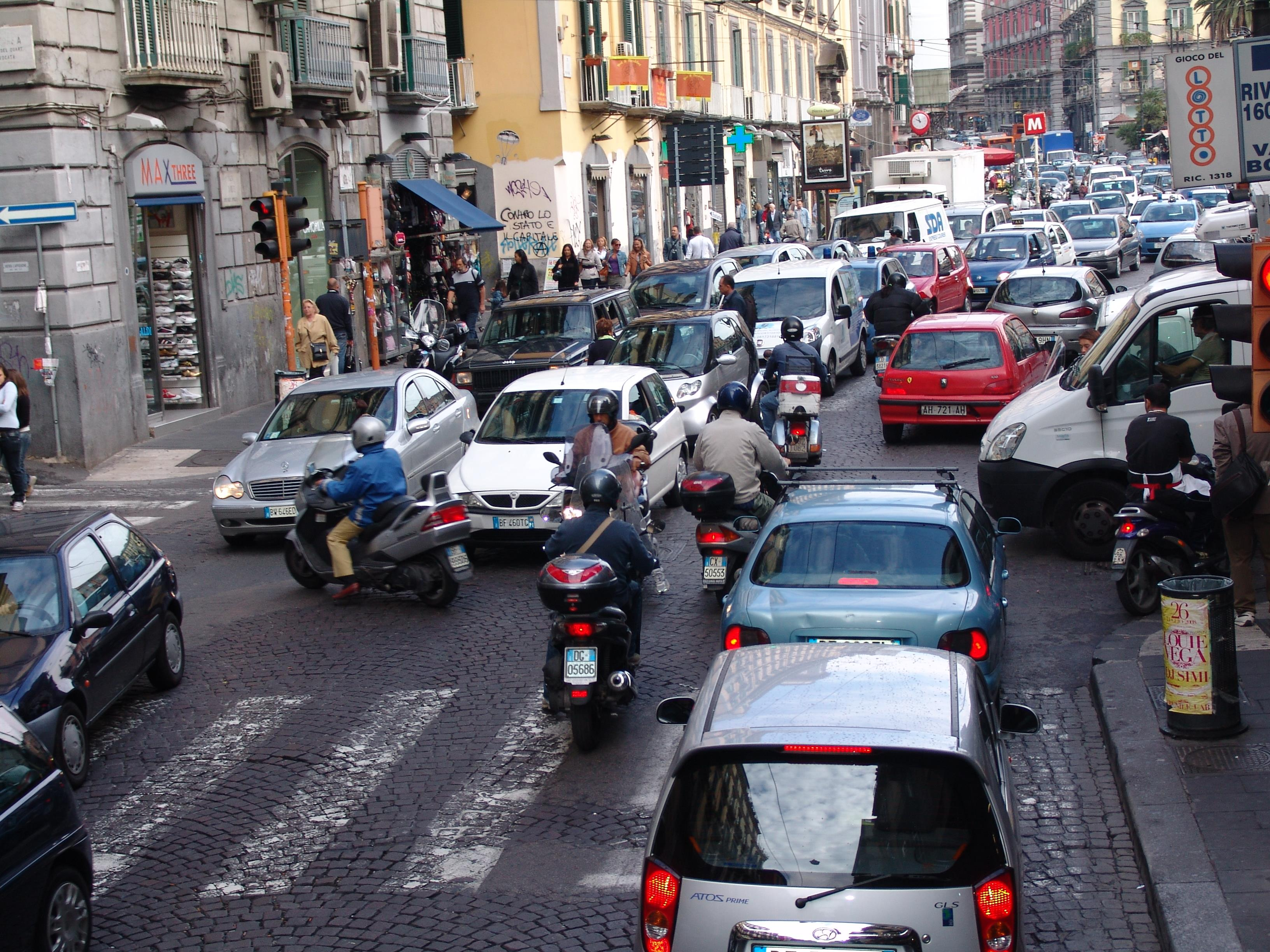 A Guide to Driving in Italy